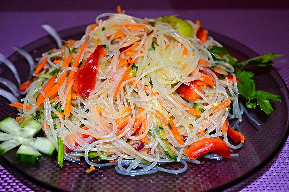 Салат фунчоза рецепт в домашних условиях с мясом 735